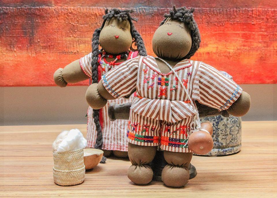 Muñeca artesanal Morenita Mía