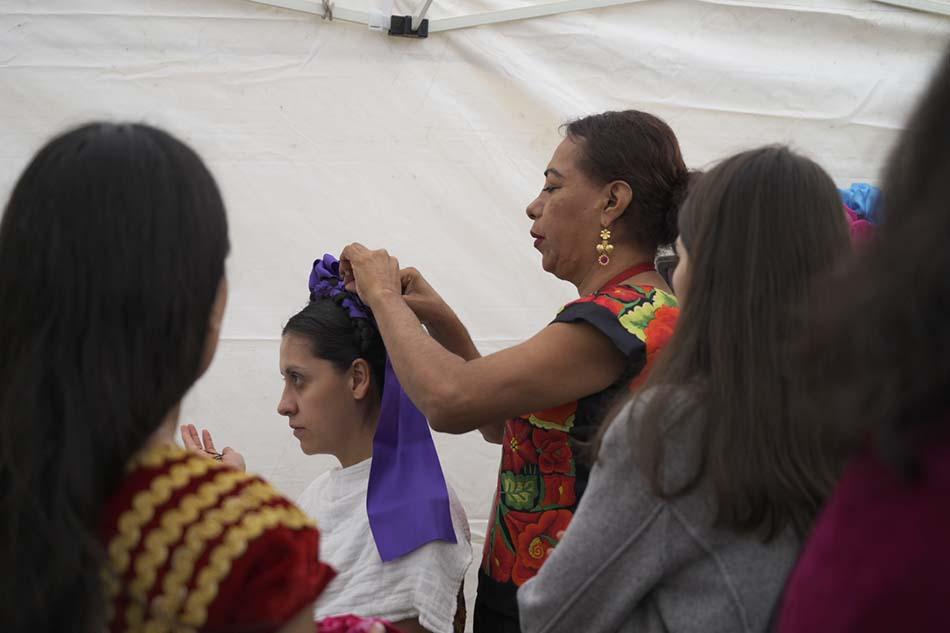Hilos Que Danzan, Istmo de Tehuantepec, textiles