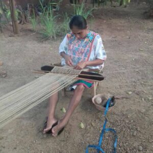 Así fue nuestro primer #HHtaller TEJIDO TRADICIONAL AMUZGO EN TELAR DE CINTURA